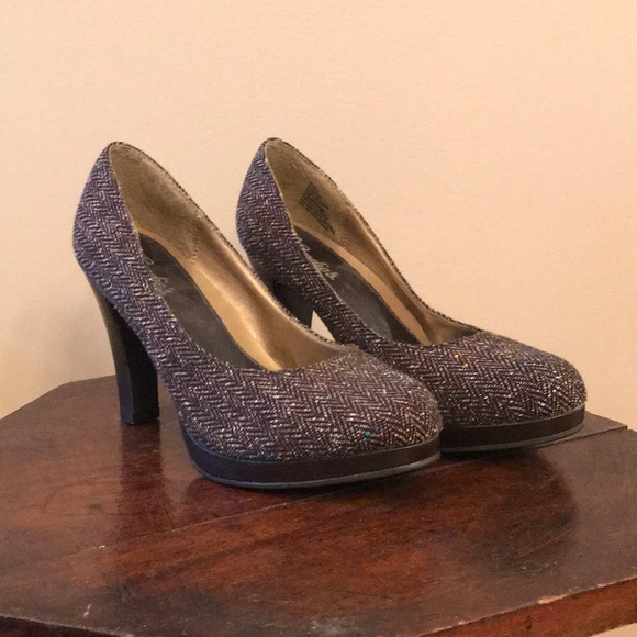 Candie's Shoes - Candies brown heels